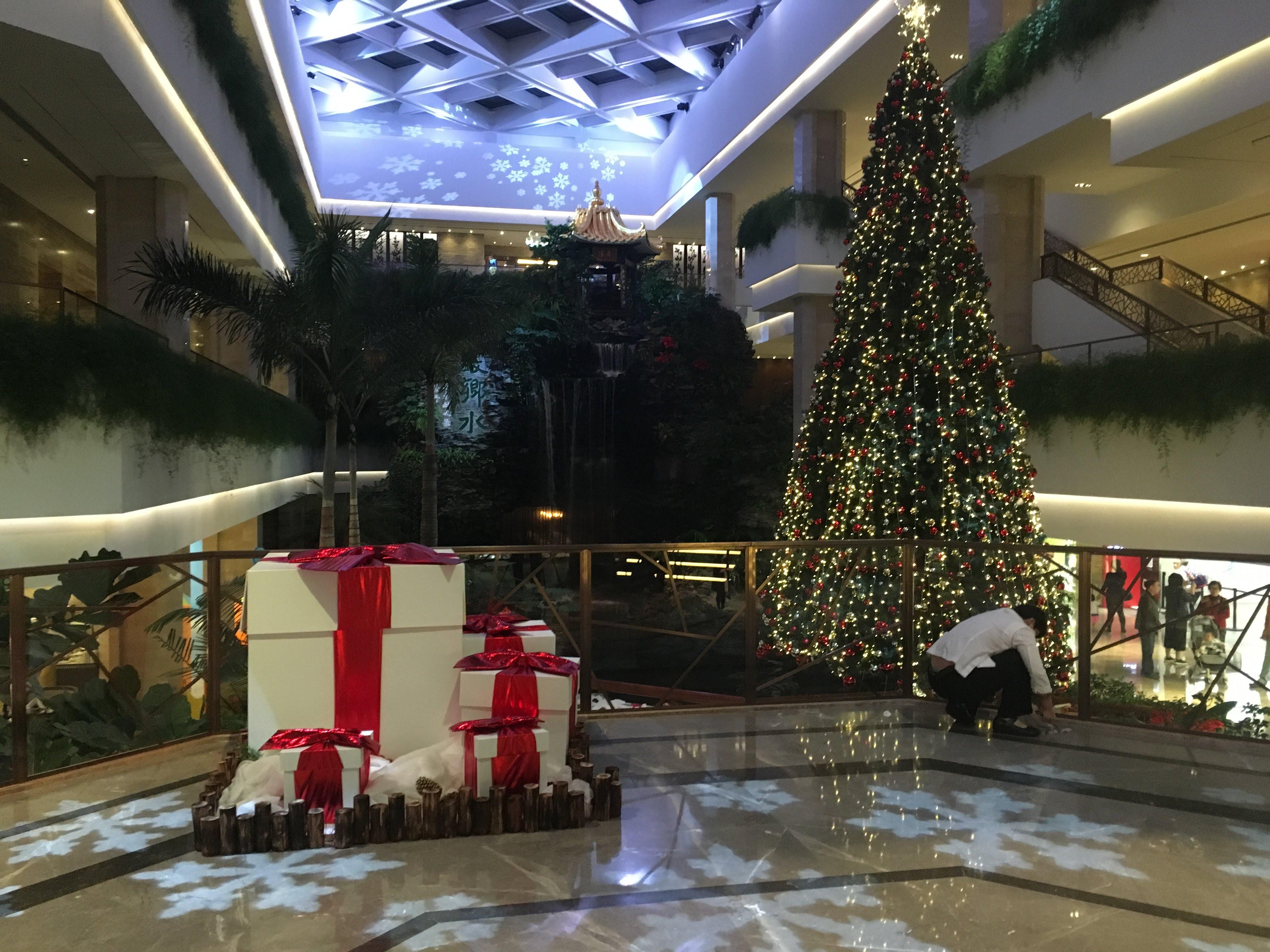 ホワイトスワンホテル(広州白天鵝賓館)