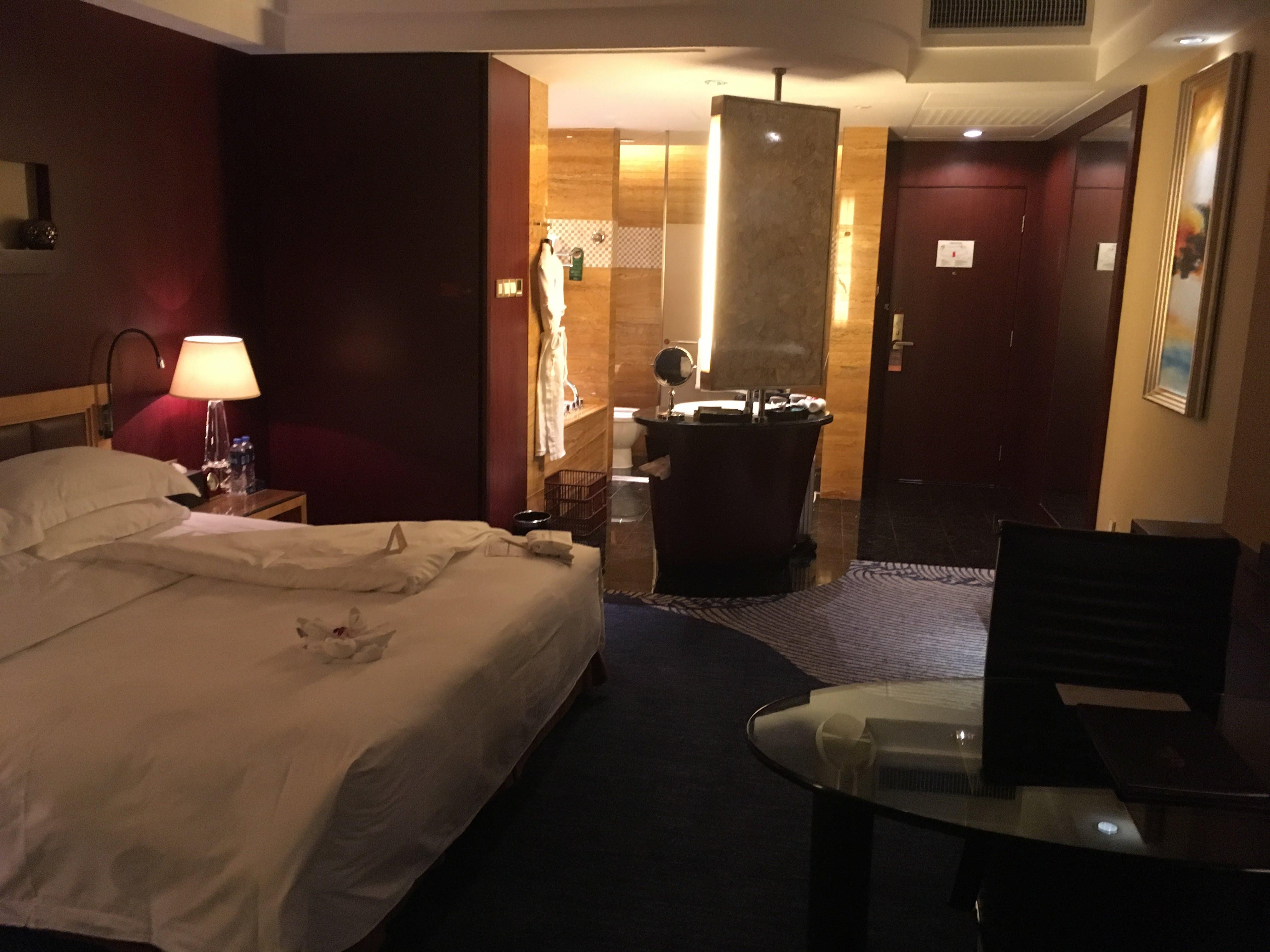 ジュハイチャーミングホリディホテル(珠海来魅力暇日酒店)