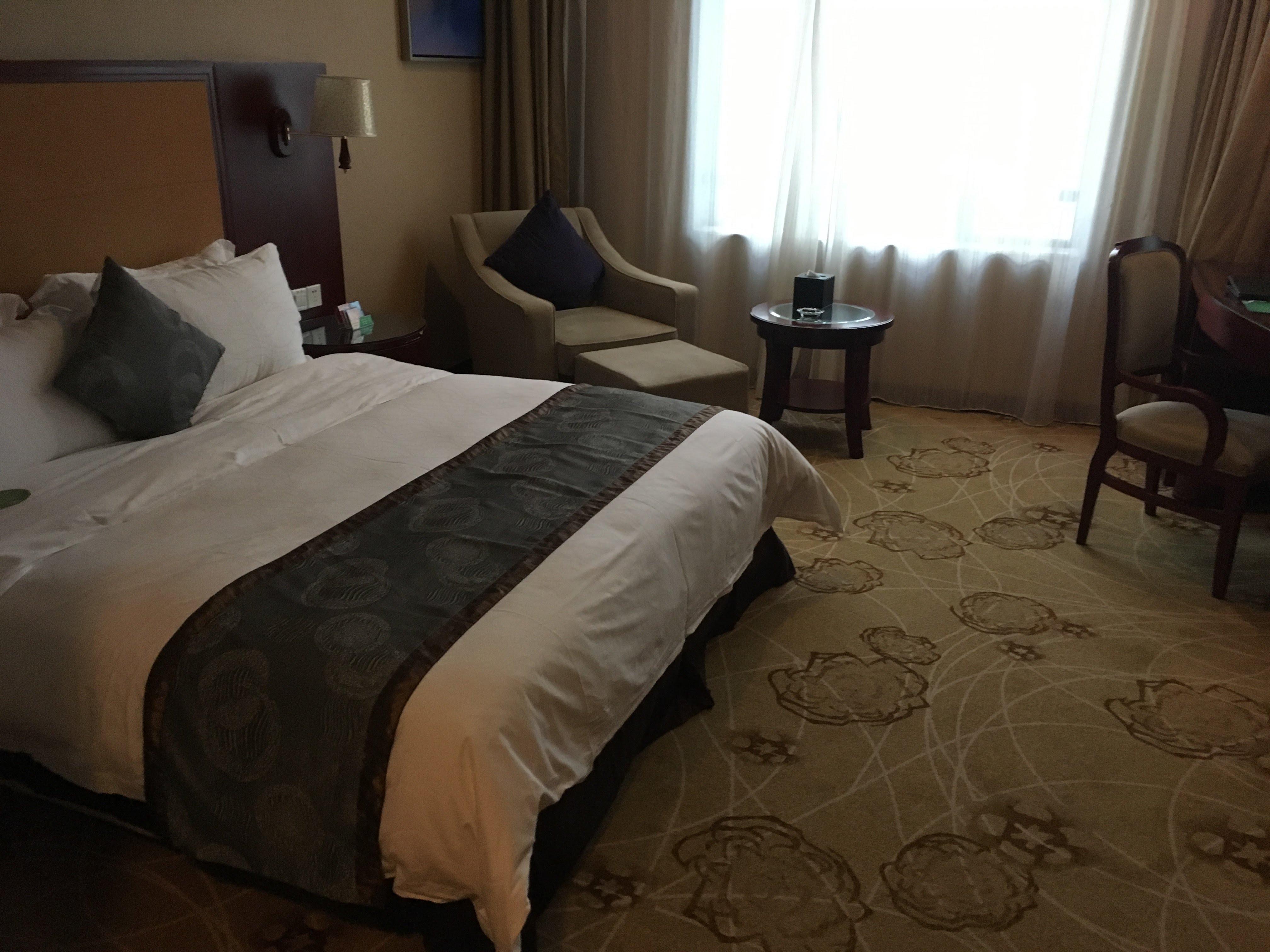 ジアユエホテル(東華嘉悦酒店)
