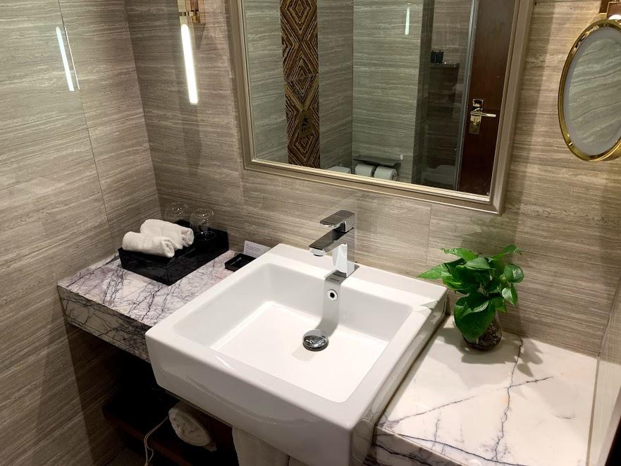 頤和至尊酒店(Yitel Premium Shanghai Jing'an Nanjing West Road)